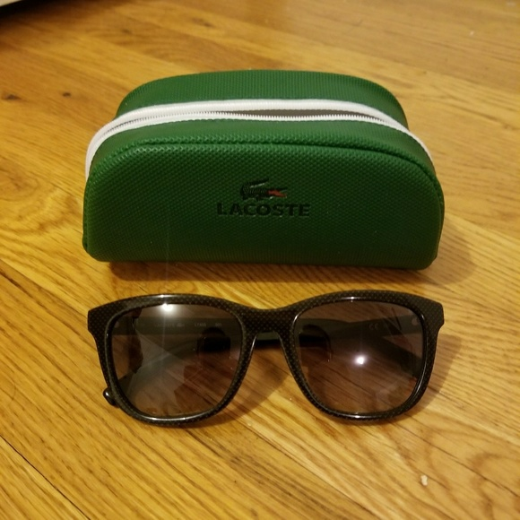 a55d8a98314 Lacoste Accessories - Lacoste sunglasses with case